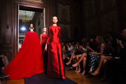 Valentino Catwalk - Paris Haute Couture Fashion Week