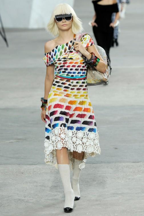 Chanel-Spring-2014-Cara-Delevingne-e1380650246987-505x760