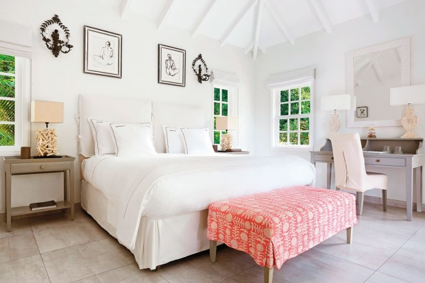 garden-bungalow-bedroom-at-cheval-blanc-st-barth-isle-de-france-conde-nast-traveller-9jan15-Pierre-carreau_1440x960