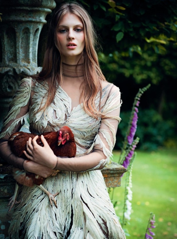 florence-kosky-dreamy-dresses-bazaar-uk-editorial07